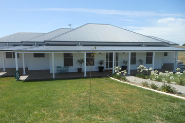 Recently Sold 104 Burrows Road, YOUNG, 2594, New South Wales
