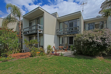 Recently Sold 4/11-13 Mitchell Parade, MOLLYMOOK, 2539, New South Wales