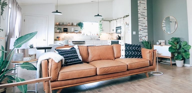 What are some inexpensive hacks I can use to spruce up my house for a spring sale