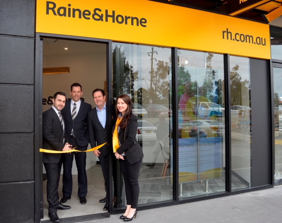 Sam Ruisi (L) and Natalie Rutonski (R) at the opening of RH Wetherill Park, with Arthur Chrisimos and Angus Raine