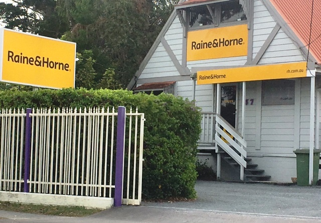 Raine & Horne Logan Central