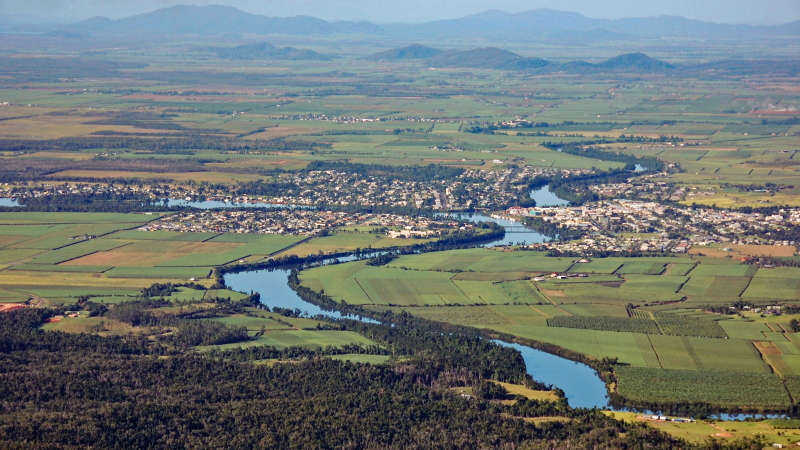 Innisfail and the Johnstone River