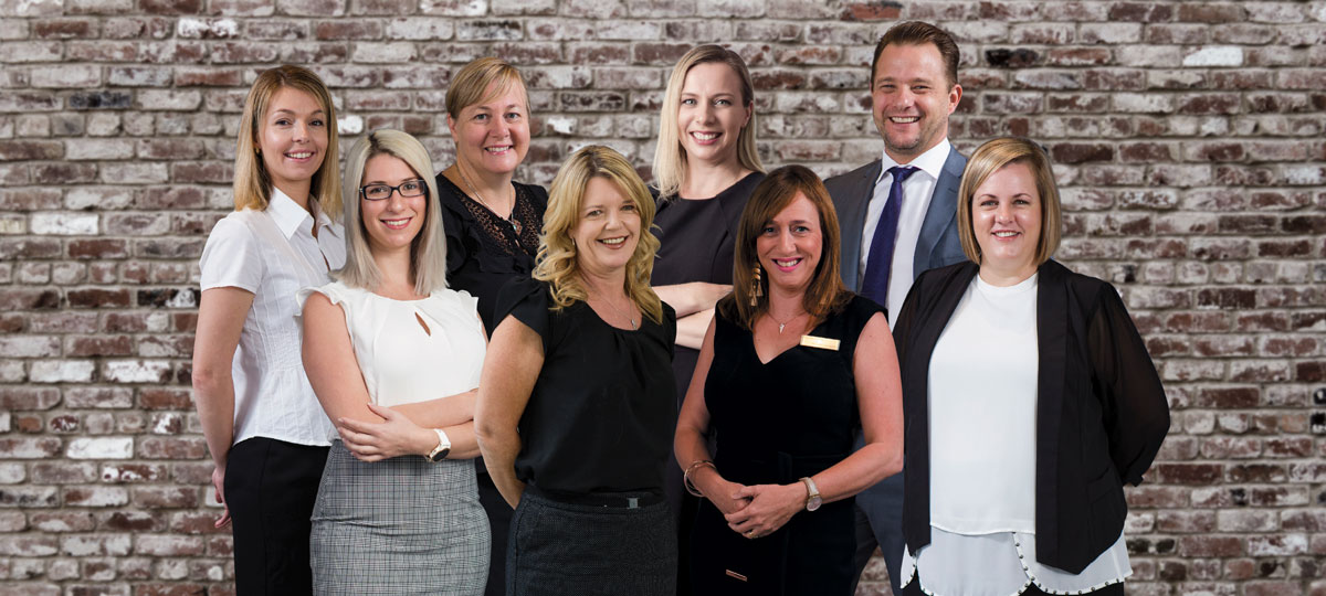 Raine & Horne Carindale Sales Agents and Property Managers