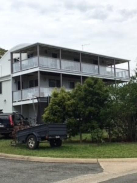 Fabulous 16 Curlew Street Macleay Island 4184 Queensland Bay Download Free Architecture Designs Rallybritishbridgeorg