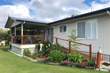 Recently Sold 104 GOLDEN HIND AVENUE, COOLOOLA COVE, 4580, Queensland
