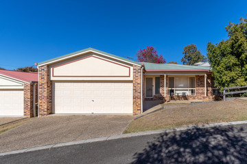 Recently Sold 2/17 Gibbs Street, CHURCHILL, 4305, Queensland