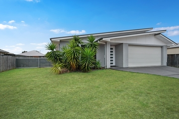 Recently Sold 4 Estramina Way, TANILBA BAY, 2319, New South Wales