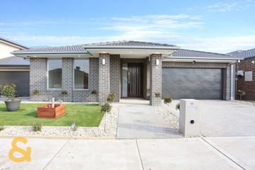 Recently Sold 25 Hickory Road, MICKLEHAM, 3064, Victoria