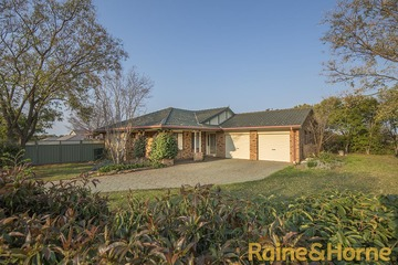 Recently Sold 2 Willowbend Way, DUBBO, 2830, New South Wales