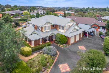 Recently Sold 98 Yellowgum Boulevard, SUNBURY, 3429, Victoria