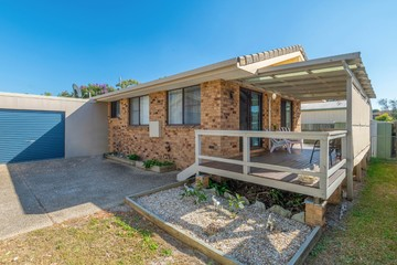 Recently Sold 2/37 Gumnut Road, YAMBA, 2464, New South Wales