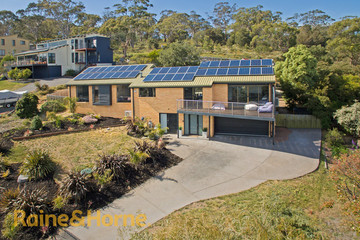 Recently Sold 4 BAYSIDE DRIVE, LAUDERDALE, 7021, Tasmania