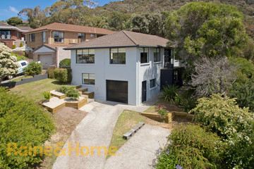 Recently Sold 17 Elwood Drive, LINDISFARNE, 7015, Tasmania