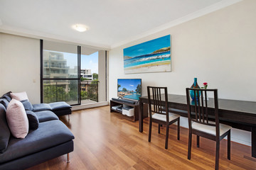 Recently Sold 4E/27-31 Ocean Street North, BONDI, 2026, New South Wales
