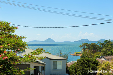 Recently Sold 44 Vista Avenue, SOLDIERS POINT, 2317, New South Wales