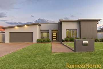 Recently Sold 68 Lakeside Circuit, DUBBO, 2830, New South Wales