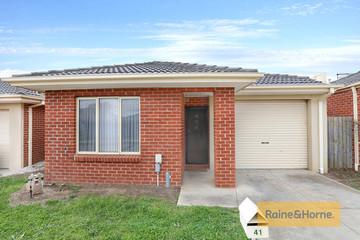 Recently Sold 41/35-47 Tullidge Street, MELTON, 3337, Victoria