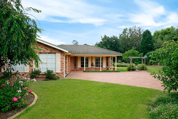Recently Sold 4 Maple Grove, BOWRAL, 2576, New South Wales