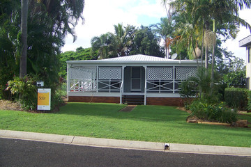 Recently Listed 8 MICHAEL AVENUE, Lamb Island, 4184, Queensland