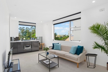 Recently Sold 13/4 Barncleuth Square, Elizabeth Bay, 2011, New South Wales