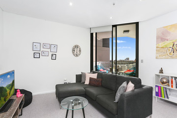 Recently Sold 1412/20 Gadigal Avenue, ZETLAND, 2017, New South Wales