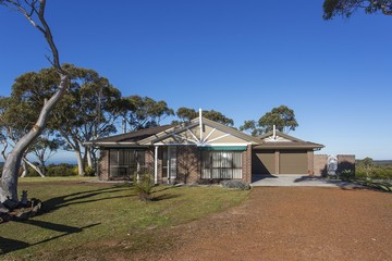 Rented 81a Princes Highway, HELENSBURGH, 2508, New South Wales