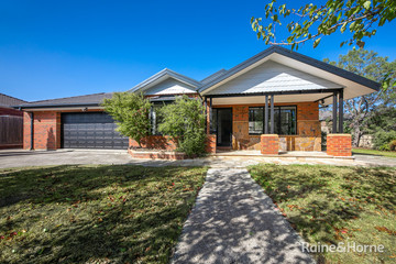Recently Sold 23 Orchardview Grove, SUNBURY, 3429, Victoria