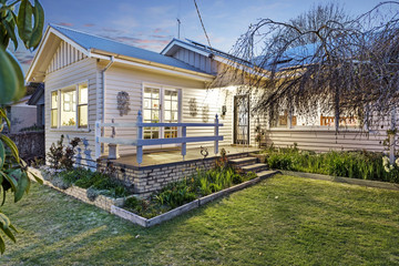 Recently Listed 50 Urquhart Street, Woodend, 3442, Victoria