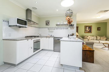 Recently Sold 2/42 HOLMESDALE ROAD, WOODBRIDGE, 6056, Western Australia