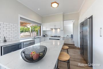 Recently Sold 64 Balmoral Circuit, SUNBURY, 3429, Victoria
