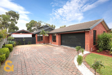 Recently Sold 26 Edgecombe Way, ROXBURGH PARK, 3064, Victoria