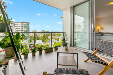 Recently Sold 712/50 CONNOR STREET, KANGAROO POINT, 4169, Queensland