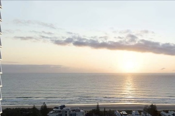 Recently Listed 43 Peerless Avenue, Mermaid Beach, 4218, Queensland