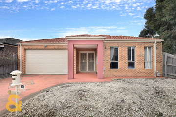 Recently Sold 18 Watersedge Way, ROXBURGH PARK, 3064, Victoria