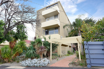 Recently Listed 7/82 DICKENS STREET, Elwood, 3184, Victoria