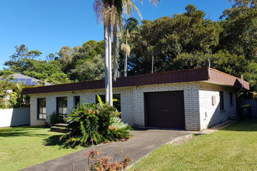 Recently Sold 18 Warrawee Street, Sapphire Beach, 2450, New South Wales