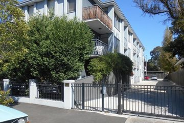 Recently Sold 2/10 Donald Street, Brunswick, 3056, Victoria