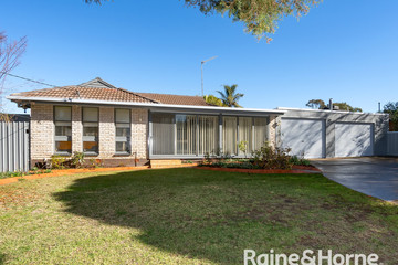 Recently Sold 18 Cooinbil Crescent, Kooringal, 2650, New South Wales