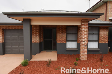 Recently Listed 215A Hill Street, Orange, 2800, New South Wales