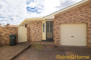 Recently Listed 1/50 St Georges Terrace, Dubbo, 2830, New South Wales