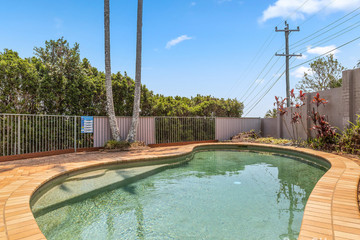 Recently Listed 67 Laura Street, Banora Point, 2486, New South Wales