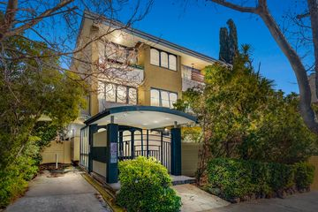 Recently Sold 24/1 Acland Street, St Kilda, 3182, Victoria