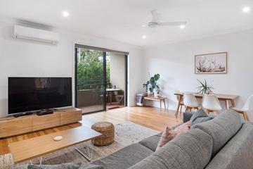 Recently Sold 2/77 Lamrock Avenue, Bondi Beach, 2026, New South Wales