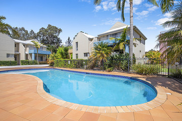 Recently Sold 2/1a Myamba Parade, Surfside, 2536, New South Wales