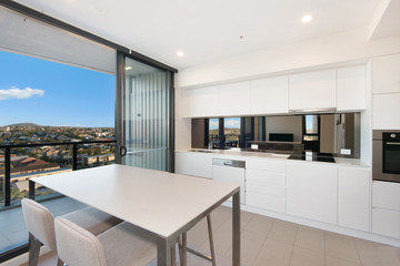 Recently Sold 31305 / 300 OLD CLEVELAND ROAD, Coorparoo, 4151, Queensland