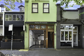 Recently Listed 487 Crown Street, Surry Hills, 2010, New South Wales