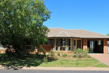 Recently Sold 32 Flinders Street, Parkes, 2870, New South Wales