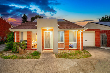Recently Sold 2/2 Village Drive, Hampton Park, 3976, Victoria