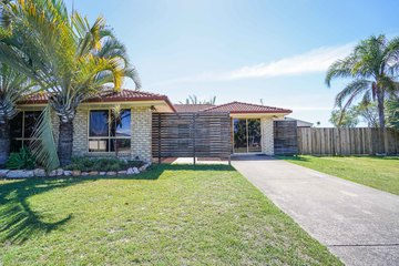 Recently Sold 37 Cedar Crescent, Kawungan, 4655, Queensland