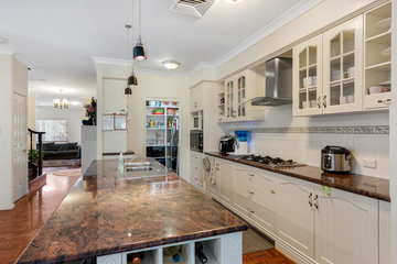 Recently Sold 39 St Augustines Drive, Augustine Heights, 4300, Queensland
